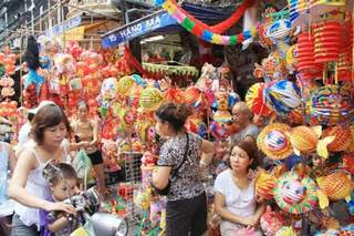A guide to shopping in Vietnam