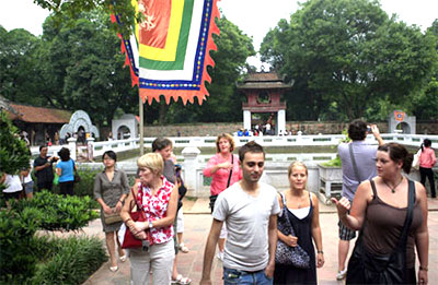 Hanoi plans to attract 3 million foreign visitors in 2014