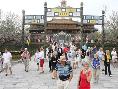 Foreign visitors to Hue increase sharply