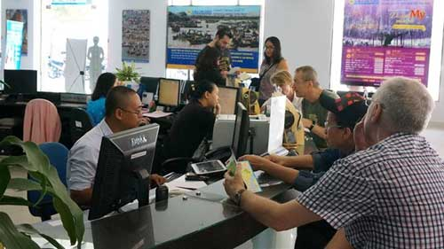 Tourists from almost all nations to visit Vietnam visa-free