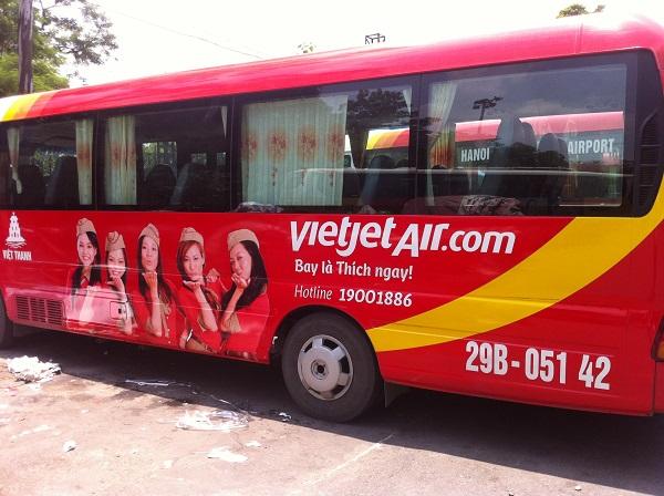 Vietjet shuttle bus from Noi Bai Airport to Hanoi downtown